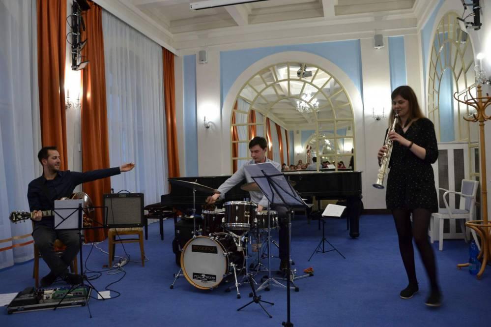 Koncert jazzového tria Szabo - Turcerová - Maceček